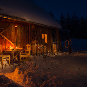 Alpenlook Wohnen – Hüttenflair in der Wohnung