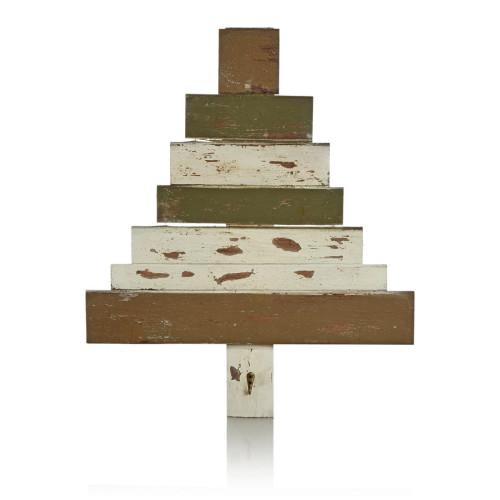 deko-objekt-in-weihnachtsbaumform