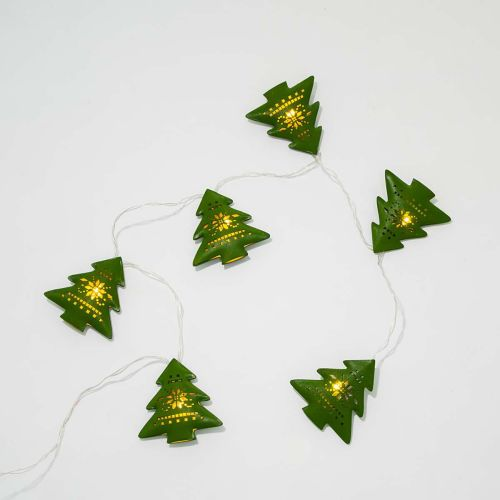 lichterkette-tannenbaeume