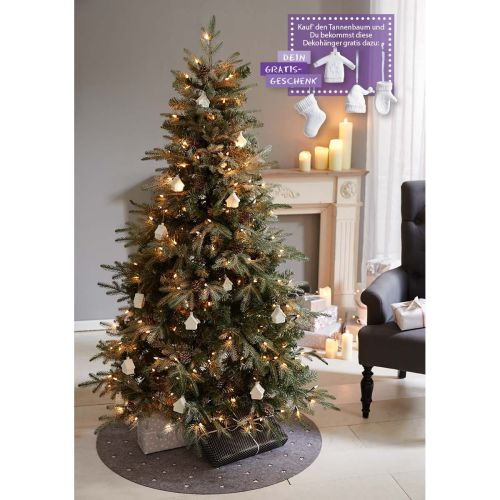 tannenbaum-gratis-dekohaenger-set-weisse-winterkleidung